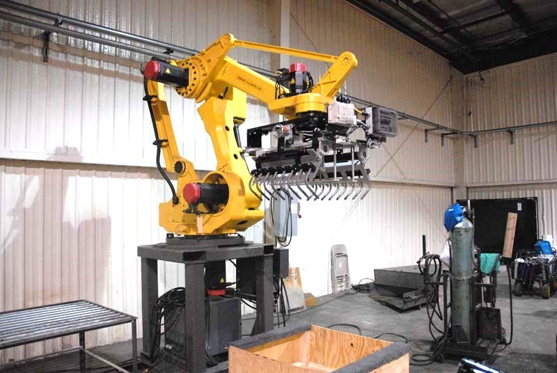 Palletizing Robot With Bag Gripper