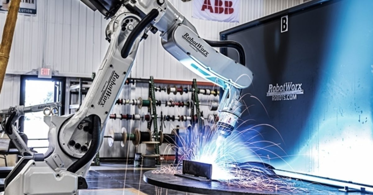 RobotWorx - What are the advantages of robot welding over