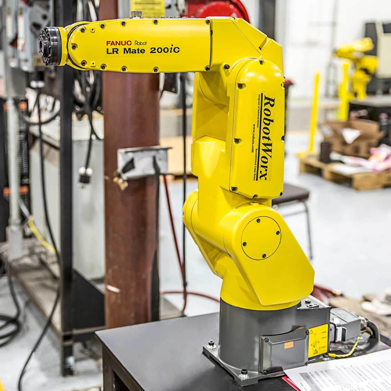 RobotWorx - FANUC LR Mate 200iC