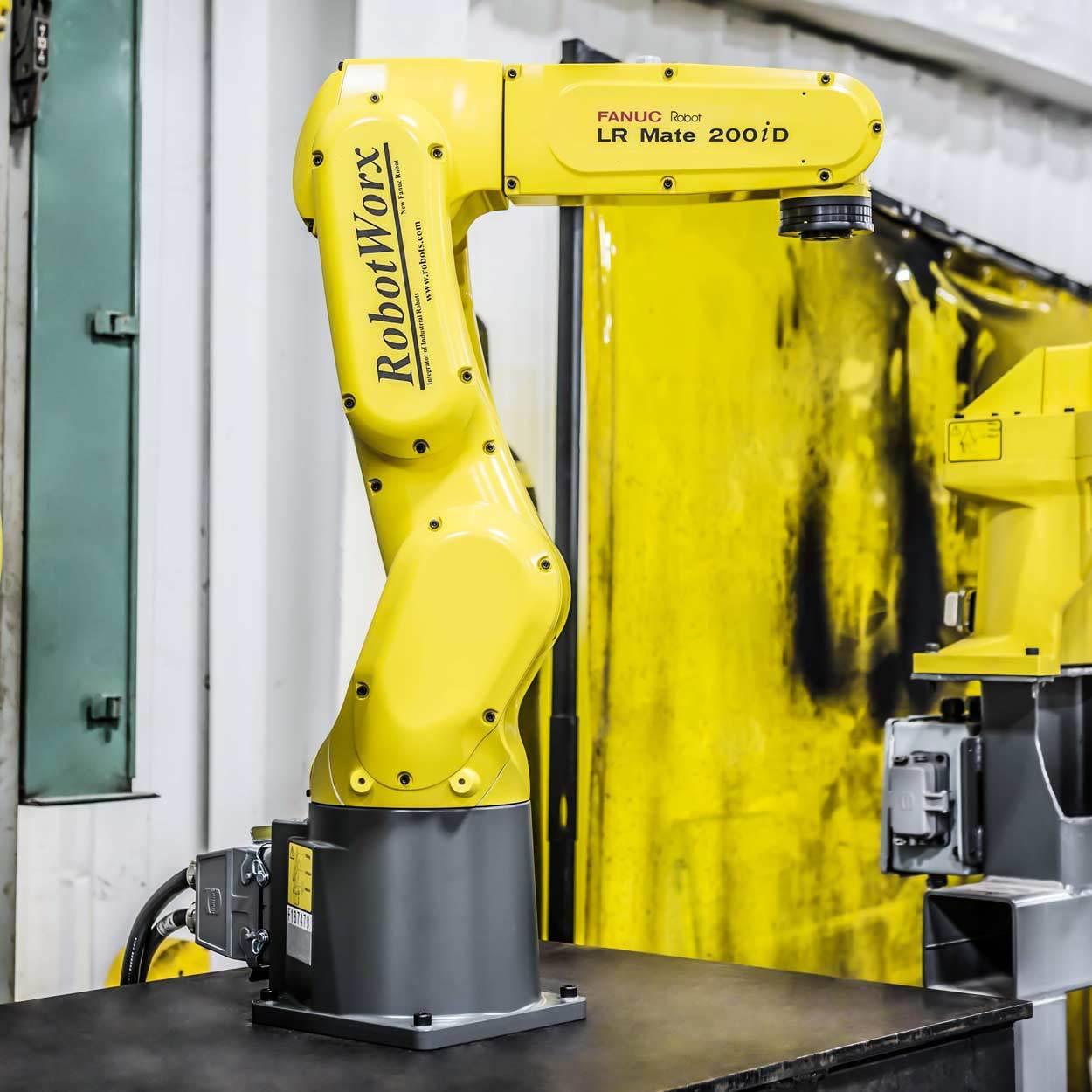 RobotWorx - FANUC LR Mate 200iD